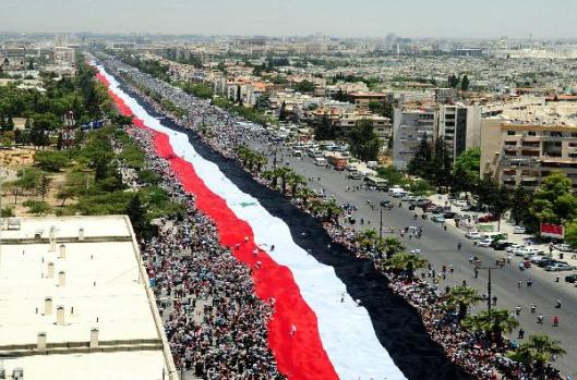 the-longest-syrian-flag