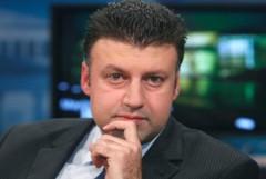 AL-JAZEERA-Aktham Suliman