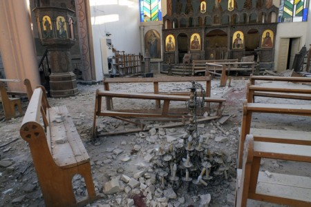 siria-chiesa-armena-cristiani-armi