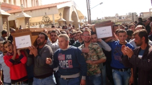 Syria_The_funeral_of_martyrs_in_Fairoza_642px