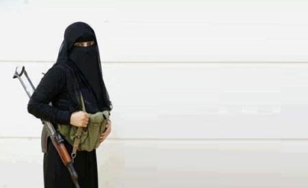mujer-saudi-terrorists