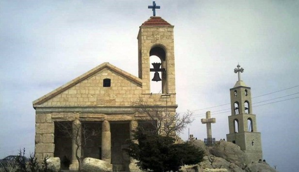 Terrorists continue attacks on Syrian Christian town