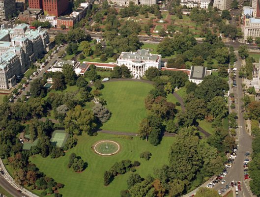 White-house-1984-overview-nw
