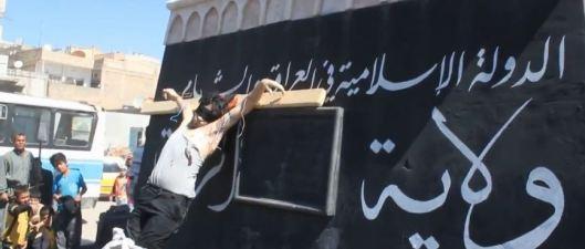 raqqa-crucified