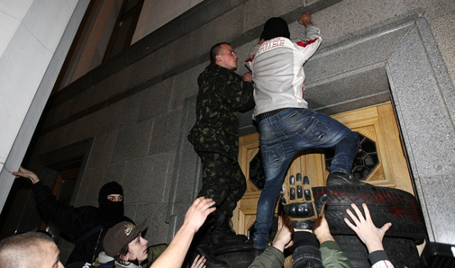 Right Sector movement activists and supporters demand the immediate resignation of Internal Affairs Minister Avakov, in Kiev