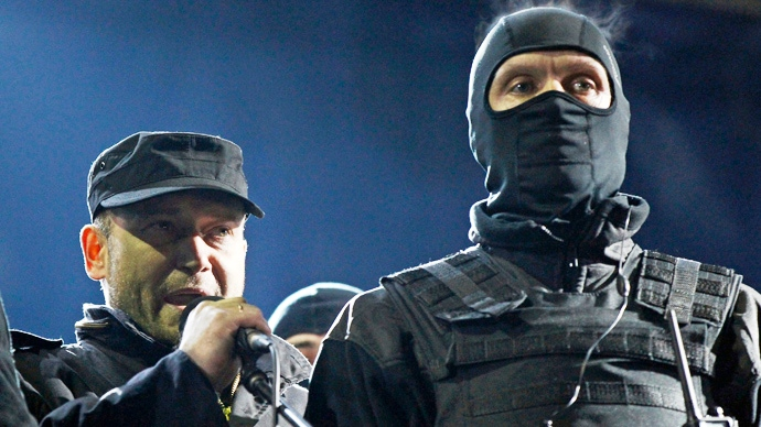 Lídr radikálního hnutí Pravý sektor vyhrožuje Porošenkovi sesazením