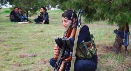 syrian-army-girls-072014