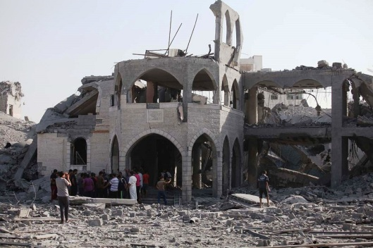 mosque-destroyed-by-israeli-airstrike-900x600