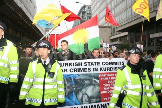 1325430030-kurds-protest-at-us-embassy-and-downing-street--london_987666