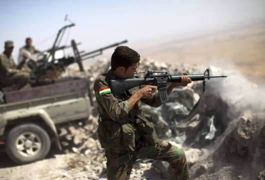 Kurds-fiercely-fighting-against-Daesh