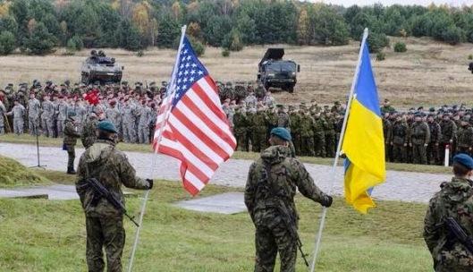 USA-Ukraine_puppets