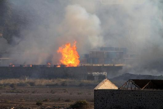 Saudi-bombed-yemen-refugee-camp-2