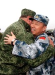 China-russia-big-hug