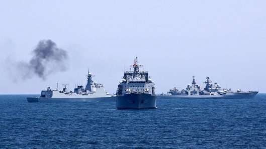Shanghai 23/5/2014: Chinese and Russian naval vessels are seen during Joint Sea-2014 naval exercise outside Shanghai on the East China Sea. (Reuters / China Daily)