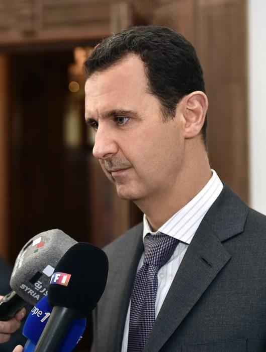 President al-Assad and French delegation-2