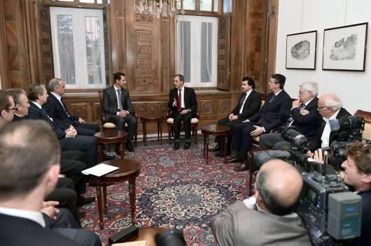 President al-Assad and French delegation-4