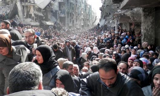 al-Yarmouk-camp-pal-people
