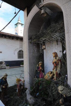 Armenian Orthodox Christians 20160107-12