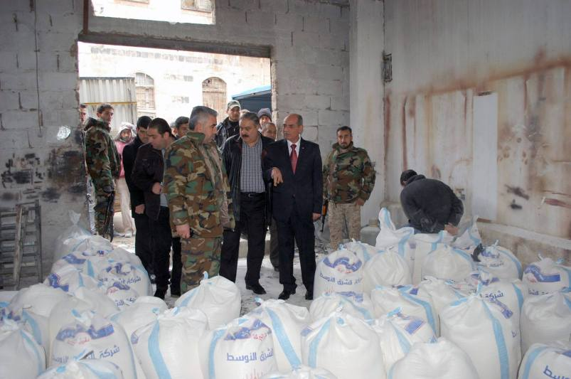 flour-and-tomato-for-smuggling-in-Hama-4a