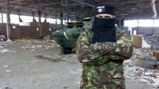 NATO-puppet Azov Battalion Wears Daesh Insignia-2