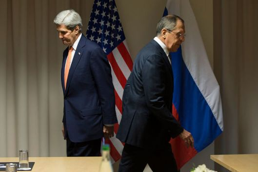 kerry-lavrov-flags