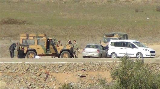 Rojava-land-over-Efrin-Syrian-border-2-smll