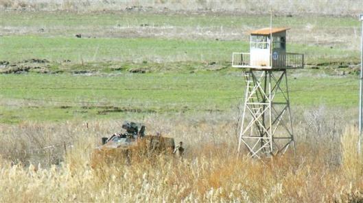 Rojava-land-over-Efrin-Syrian-border-3