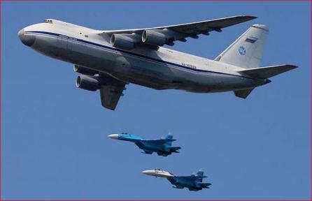Russian Antonov-124 cargo plane-2