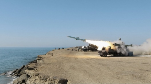 Yemeni-anti-ship-missile-attack