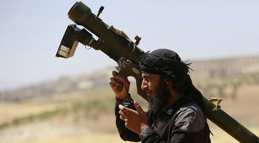 moderate-terrorist-in-syria-with-manpads