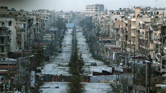 barreras en el distrito de Saif al-Dawla de Alepo-6 marzo de 2015_Hosam Katan_Reuters