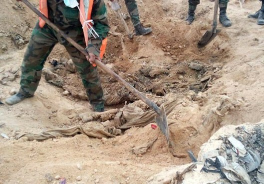 Mass Grave in Palmyra (4)