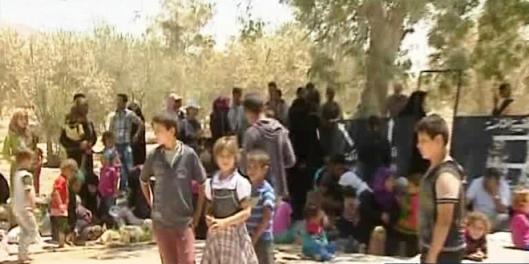 families-people-return-al-Batma-Triangle-Homs-fleeing-ISIS-3