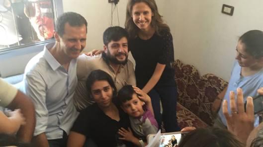 President-al-Assad in Homs (10)