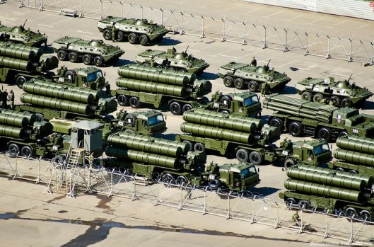 russia-S-400-air-defense-system (1)