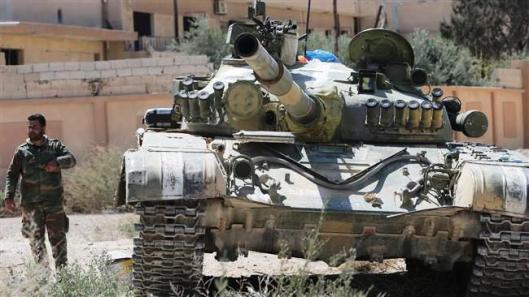 SAA patrol in the town of al-Qaryatain-Homs