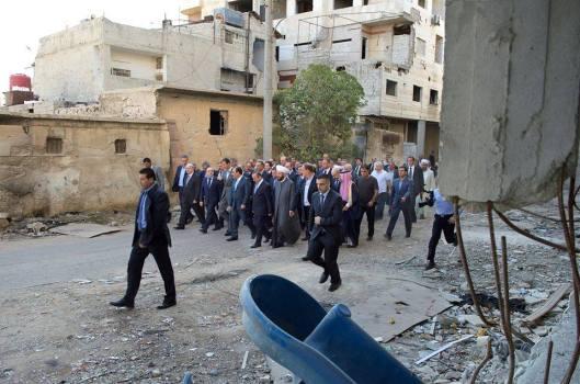 president-al-assad-in-daraya-1