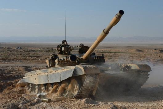 1200xa-t-72-tank-of-the-fatimiyoun-brigade
