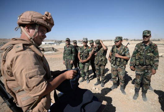 1200xrussian-serviceman-trains-syrian-soldiers-to-detect-explosive-devices-1