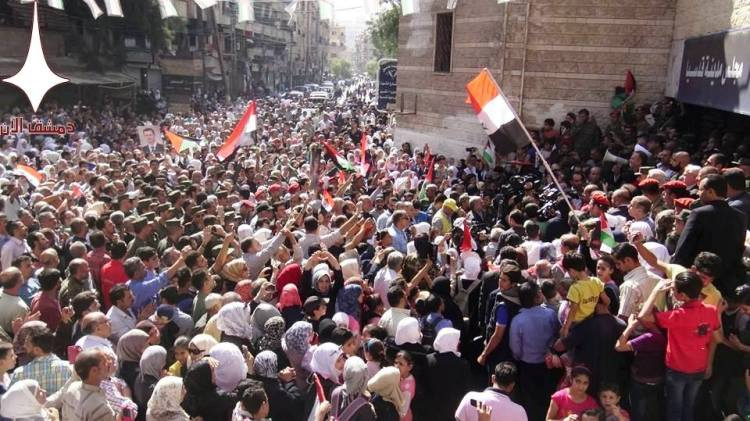 pro-government-rally-in-syrian-town-qudsaya-after-mercenary-terrorists-pull-out-1