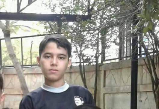 This child was injured by the mortar shell attacks that targeted his neighbourhood last week in Damascus he died today, rest in peace omar.